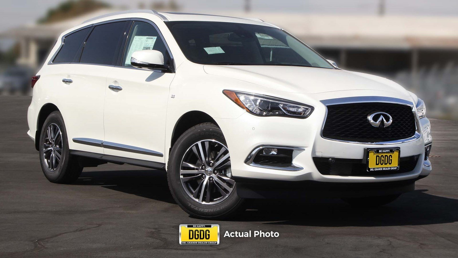 2019 INFINITI QX60 LUXE Essential & Proassist AWD