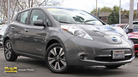 Pre-Owned 2016 Nissan LEAF SV FWD Hatchback